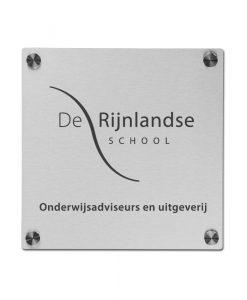 RVS naambord voor school